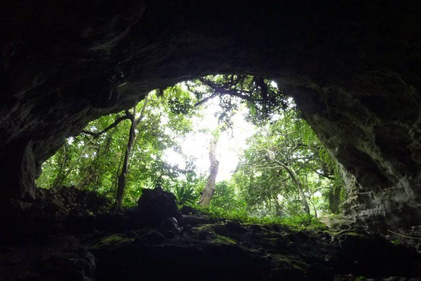神秘の鍾乳洞「ヤジヤーガマ」探検 4