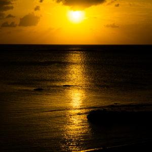 アーラ浜の夕日